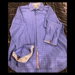 """Button down """"classic fit"""" shirt w/detail on cuffs"""
